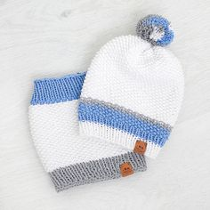 This Childrens Hat and Snood was crafted using a solid cotton/acrylic blend yarn. Very comfort and stylish spring set.  55% Cotton 45% Acrylic.  Very