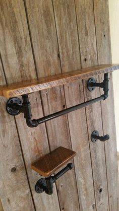 Industrial Bath Set with Reclaimed Wood Shelf - Regal Selber Bauen Industrial Interior Design, Industrial House, Industrial Bathroom Design, Industrial Restaurant, Kitchen Industrial, Industrial Office, Industrial Farmhouse, Pipe Furniture, Industrial Furniture