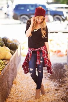 cute,if only I could pull off hats. minus the flannel. not into flannels