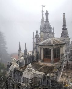 The Palace Of Mystery: My Pictures Of Quinta Da Regaleira by photographer Taylor Moore