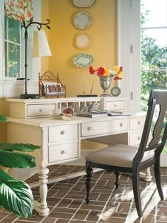 White desk. Comfortable office space