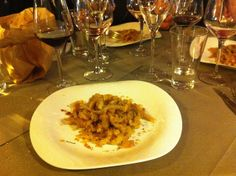 "Pici con le briciole, a ""La Botte Piena"", Montefollonico (photo by Locanda San Francesco #BoutiqueHotel in #Montepulciano + www.locandasanfrancesco.it)"