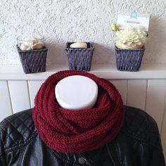 Snood grosses mailles pour homme couleur rubis Couleur Rubis, Grosses  Mailles, Cravate, Echarpe 26ffdcb7a57