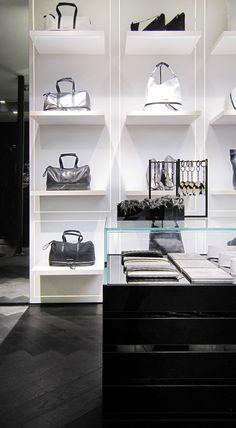 Karl Lagerfeld store by Plajer & Franz Studio and Laird + Partners, Paris store design Shoe Store Design, Retail Store Design, Retail Shop, Retail Interior Design, Boutique Interior Design, Tienda Fashion, Paris Store, Regal Design, Displays