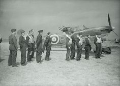 Aircrew next to a two seat Bolton Paul Defiant fighter - unsuccessful by day; adequate as a stopgap night fighter during the blitz. Aircraft Photos, Ww2 Aircraft, Military Aircraft, Westland Whirlwind, The Spitfires, Ww2 Planes, Battle Of Britain, Royal Air Force, Royal Navy