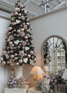 Ideas para decorar tu árbol si eres súper girly