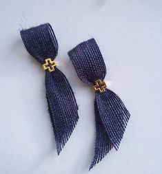 Martyrika in navy style with burlap ribbon and gold cross -witness pin-orthodox baptism - Greek baptism bomboniere Burlap Ribbon, Burlap Cross, Ribbon Cards, Greek Easter, Girl Christening, Gold Cross, Kids Events, Childrens Party, Beaded Embroidery