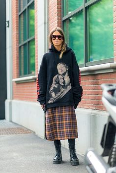 Ciao Milano: Style from the Via Best Milan Fashion Week Street Style Spring 2017 – Milan Street Style Milan Fashion Week Street Style, Street Style 2017, Spring Street Style, Milan Fashion Weeks, Cool Street Fashion, Street Style Looks, Street Style Women, Street Styles, Fashion Milano