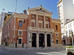 Teatro Principal, Castelló de la Plana Valencia, Mansions, House Styles, Home Decor, Seaside, Style At Home, Live, Cities, Viajes