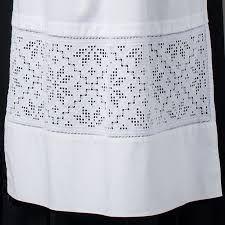 Bilderesultater for bunadskjorte hardanger Ancient Persia, Brazilian Embroidery, Cutwork, Cross Stitch Embroidery, Woven Fabric, Scandinavian, Ethnic, Weaving, Training