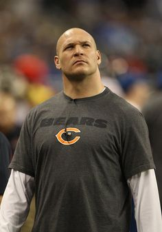 Bring Urlacher back and let him retire in the navy and orange of the Chicago Bears! If anyone's earned it, Urlacher has!