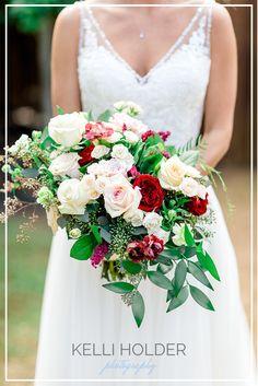 A Chapel at Ana Villa Wedding Burgundy Wedding, Bridesmaid Dresses, Wedding Dresses, Garden Styles, Bouquet, Photography, Fashion, Bridesmade Dresses, Bride Dresses