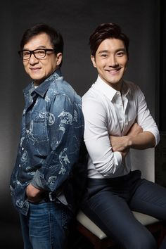 Super junior Siwon with jacky chan Super Junior, Jackie Chan, Kpop, Funny Dragon, Choi Siwon, Last Man Standing, Korean Wave, Martial Artist, Film Director