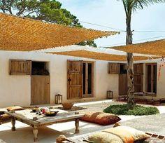 Pergola For Small Backyard Code: 8515714711 Outdoor Rooms, Outdoor Living, Outdoor Decor, Patio Interior, Interior And Exterior, Interior Design, Terrazas Chill Out, Porch And Terrace, Ibiza