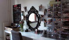 DIY Working desk of an make up artist - Saara Sarvas | Lily.fi