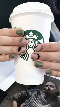 Green and purple instead of black - Green and purple instead of black Green and purple instead of black Funky Nails, Cute Nails, My Nails, How To Do Nails, Hair And Nails, Stylish Nails, Trendy Nails, Nail Manicure, Nail Polish