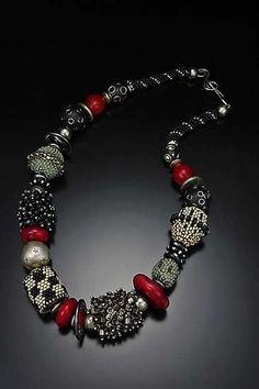 Julie Powell - artfulhome.com