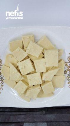 Saray Helvası ( Çekme Helvası ) Indian Food Recipes, Feta, Delicious Desserts, Pineapple, Cheese, Snacks, Fruit, Foods, Food And Drinks