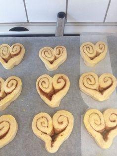 Image Tupperware, Cinnamon Rolls, Bakery, Food And Drink, Sweets, Bread, Snacks, Cookies, Desserts