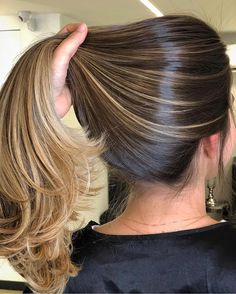 36 Light Brown Hair Colors That Are Blowing Up in 2019 - Style My Hairs Brown Hair Balayage, Brown Blonde Hair, Hair Color Balayage, Brunette Hair, Hair Highlights, Ombre Hair, Dark Hair, Bayalage, Highlights For Dark Brown Hair