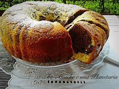 Ciambella soffice al cocco e cioccolato Love Cake, Meatloaf, Bagel, Bread, Food, Food Cakes, Essen, Breads, Baking