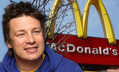Hamburger chef Jamie Oliver has won his long-fought battle against one of the largest fast food chains in the world - McDonalds. After Oliver showed how McDonald's hamburgers are made, the franchise finally announced that it will change its. Mcdonalds Hamburger Recipe, Hamburger Recipes, Health And Wellness, Health Tips, Health Fitness, Mental Health, Health Care, Hamburgers, Kitchen