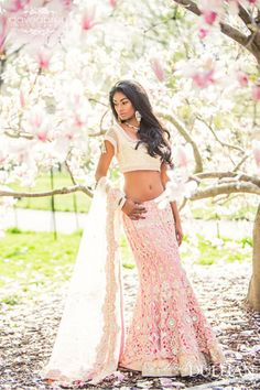 Outfit by Bombay Trendz. I would never go midriff, but I love the colors and textures. Would love a restyled version. Bollywood Lehenga, Bollywood Fashion, Bollywood Style, Pink Lehenga, India Fashion, Ethnic Fashion, Asian Fashion, Indian Dresses, Indian Outfits