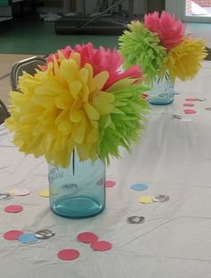 Cheap DIY party centerpieces - Lovely Etc. - - Create simple and beautiful and most importantly, cheap, DIY party centerpieces for less than a dollar each. Tissue Paper Centerpieces, Wedding Table Centerpieces, Diy Centerpieces Cheap, Cheap Party Decorations, Retirement Party Centerpieces, Rainbow Decorations, Balloon Centerpieces, Paper Flower Wall, Paper Flower Backdrop