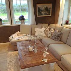 #Repost @1870huset  Elsker det nye bordet fra @classicliving