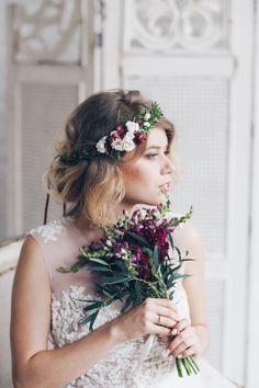Flower tiara for a bride | Купить Венок на голову Apple - осенняя мода, осенняя свадьба, венок из цветов, венок на голову