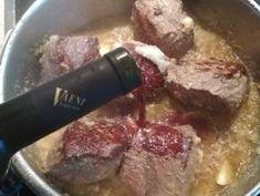 Μοσχαράκι κοκκινιστό το λουκουμένιο 💞 συνταγή από folia - Cookpad Steak, Beef, Food, Meat, Steaks, Hoods, Meals, Ox, Ground Beef