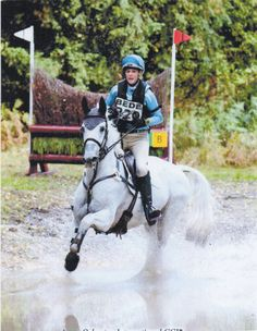 Nysa de Petra charges through the water at Osberton International 2013