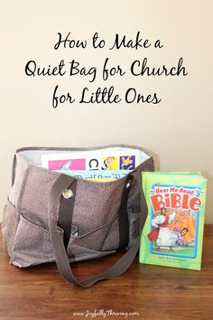 What great ideas for how to make a quiet bag for little ones! This will be so helpful to keep kids quiet in church. #quietbag #churchtime #quiettime Kindergarten Books, Preschool Books, Preschool Printables, Book Activities, Christian Companies, Preschool Cooking, Teacher Books, Tot School, Christian Parenting