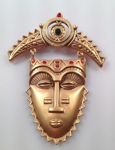 AFRICAN MASK PIN Brooch by Avon Tribal Jeweled Mint in Original Box Never Worn