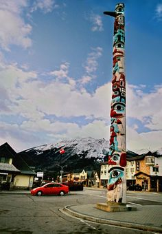 For Comparison: Jasper Alberta Park Canada Totum Poles | Jasper Totem Pole, a photo from Alberta, Prairies | TrekEarth