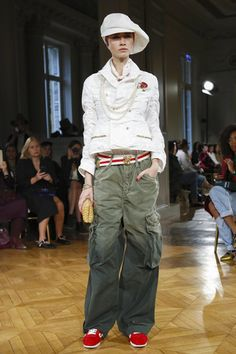 Undercover Ready To Wear Spring Summer 2017 Paris - NOWFASHION