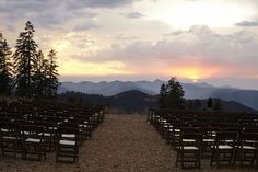 Northstar California's glamorous Zephyr Lodge #mountainwedding