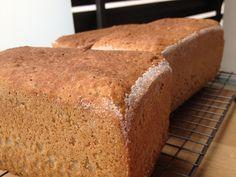 La chica de las recetas: Pan sin gluten con masa madre, arroz integral y trigo sarraceno (65% harinas y 35% almidones)
