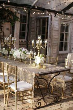 Beautul al fresco dining in a French rustic cottage courtyard... | Regilla   ᘡղbᘠ