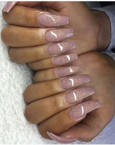 Pretty glitter acrylic coffin shaped nails | nail art ideas | ideas de unas | gel nails idea