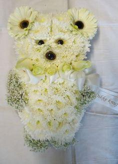 7250. Bloemenbeer ca. 50cm Flower Arrangements, Grief, Floral, Flowers, Animals, Pictures, Floral Arrangements, Animales, Animaux