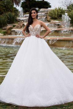 Milla Nova Bridal 2017 Wedding Dresses / http://www.himisspuff.com/milla-nova-bridal-2017-wedding-dresses/4/
