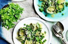 Tortellini mit Ricotta, Erbsen und Parmesan