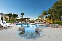 Zero Entry Pool, Beach Entry Pool, Backyard Beach, Backyard Paradise, Swimming Pools Backyard, Swimming Pool Designs, Pool Landscaping, Roman Pool, Square Pool