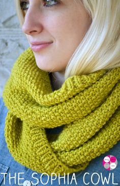 FREE Pattern- Sophia Cowl Green Bee Design & Patterns - Journal
