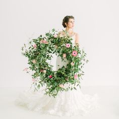 Bridal Inspiration with a Must-See Pink Bouquet Floral Wedding, Wedding Flowers, Wedding Dresses, Greenery Wreath, Floral Wreath, Wedding Doors, Wedding Wreaths, Pink Bouquet, Roses