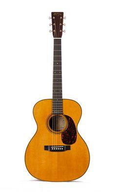 Martin 000-28EC Eric Clapton Signature Acoustic Guitar  http://bestacousticguitarsreviews.com/reviews/martin-000-28ec-review/