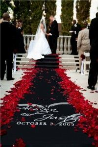 caviar black with large heart  Custom wedding runner by The Original Runner Company.    www.originalrunners.com