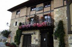 Soria. Casarejos. Hotel casa rural con encanto en venta. Restaurante.