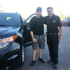 Thanks 4 your purchase John! #Explorer Call Miguel in #MIA & GET the #BestDealEver 786.970.3792 #SouthBeach pic.twitter.com/8SnTFegRaQ